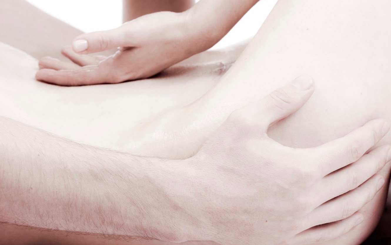 The Art of two pairs of Hands Tantra Massage - YINDO